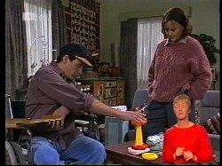 Stephen Gottlieb, Pam Willis in Neighbours Episode 1978