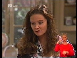 Julie Robinson in Neighbours Episode 1978