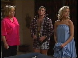 Angie Rebecchi, Stonie Rebecchi, Annalise Hartman in Neighbours Episode 2530