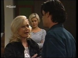 Annalise Hartman, Joanna Hartman, Sam Kratz in Neighbours Episode 2531