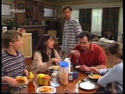 Billy Kennedy, Susan Kennedy, Malcolm Kennedy, Karl Kennedy, Libby Kennedy in Neighbours Episode 2531