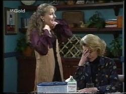 Debbie Martin, Helen Daniels in Neighbours Episode 2653