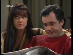 Susan Kennedy, Karl Kennedy in Neighbours Episode 2679