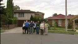 Sky Mangel, Harold Bishop, Stuart Parker, Lou Carpenter, Toadie Rebecchi, Steph Scully, Susan Kennedy, Max Hoyland, Summer Hoyland, Lyn Scully in Neighbours Episode 4605
