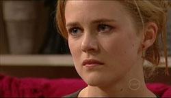 Elle Robinson in Neighbours Episode 5105