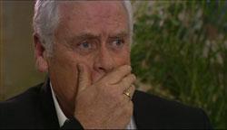 Lou Carpenter in Neighbours Episode 5105