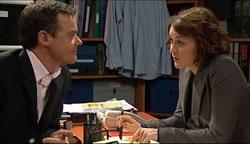 Paul Robinson, Rosie Cammeniti in Neighbours Episode 5106