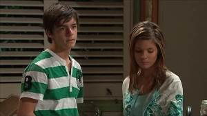 Zeke Kinski, Rachel Kinski in Neighbours Episode 5342