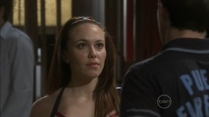 Angus Henderson, Libby Kennedy in Neighbours Episode 5387