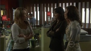 Steph Scully, Rosie Cammeniti, Rebecca Napier in Neighbours Episode 5397