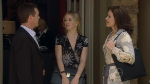 Paul Robinson, Elle Robinson, Rebecca Napier in Neighbours Episode 5398