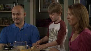 Steve Parker, Mickey Gannon, Miranda Parker in Neighbours Episode 5490