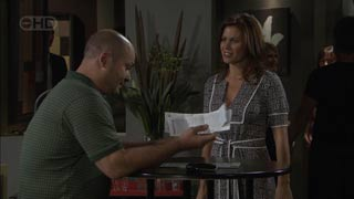 Steve Parker, Rebecca Napier in Neighbours Episode 5493