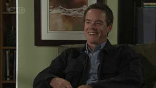 Paul Robinson in Neighbours Episode 5494