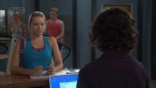 Donna Freedman, Bridget Parker in Neighbours Episode 5494