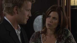 Oliver Barnes, Rebecca Napier in Neighbours Episode 5494