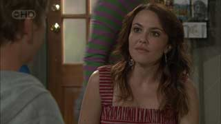 Libby Kennedy in Neighbours Episode 5495