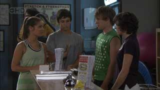 Rachel Kinski, Zeke Kinski, Ringo Brown, Bridget Parker in Neighbours Episode 5495