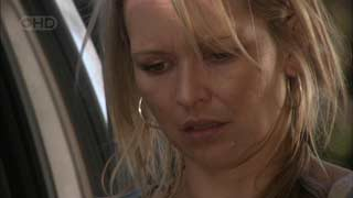 Steph Scully in Neighbours Episode 5495