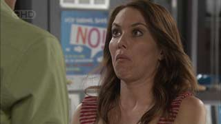 Libby Kennedy in Neighbours Episode 5496