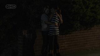 Donna Freedman, Bridget Parker, Rachel Kinski in Neighbours Episode 5502
