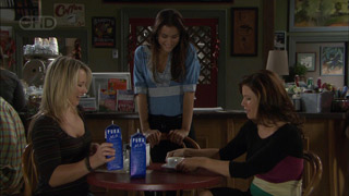 Steph Scully, Carmella Cammeniti, Rebecca Napier in Neighbours Episode 5504
