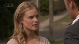 Elle Robinson, Oliver Barnes in Neighbours Episode 5505