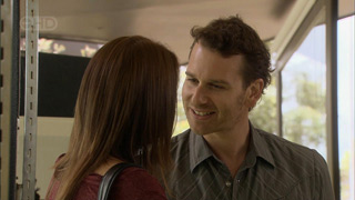 Libby Kennedy, Lucas Fitzgerald in Neighbours Episode 5507