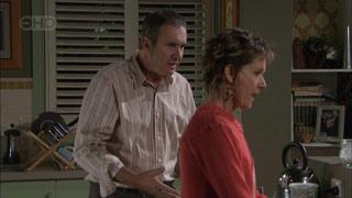 Karl Kennedy, Susan Kennedy in Neighbours Episode 5512