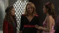 Susan Kennedy, Miranda Parker, Rebecca Napier in Neighbours Episode 5514