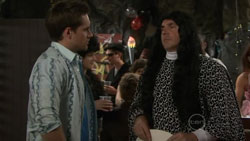 Angus Henderson, Karl Kennedy in Neighbours Episode 5514