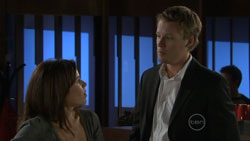 Rebecca Napier, Oliver Barnes in Neighbours Episode 5515