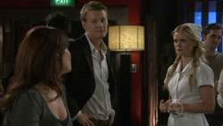 Rebecca Napier, Oliver Barnes, Elle Robinson in Neighbours Episode 5515