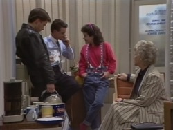 Mike Young, Paul Robinson, Lucy Robinson, Helen Daniels in Neighbours Episode 0513