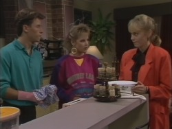 Mike Young, Daphne Clarke, Jane Harris in Neighbours Episode 0513