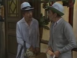 Nell Mangel, Eileen Clarke in Neighbours Episode 0637