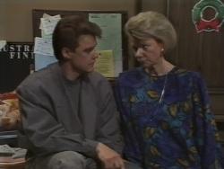 Paul Robinson, Helen Daniels in Neighbours Episode 0637