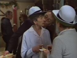 Jim Robinson, Beverly Marshall, Nell Mangel, Eileen Clarke in Neighbours Episode 0637