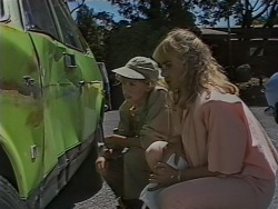 Charlene Mitchell, Jane Harris in Neighbours Episode 0690