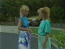 Jane Harris, Sally Wells in Neighbours Episode 0701