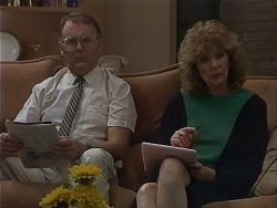 Harold Bishop, Madge Ramsay in Neighbours Episode 0701