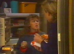 Charlene Mitchell, Scott Robinson in Neighbours Episode 0766