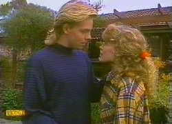 Scott Robinson, Charlene Mitchell in Neighbours Episode 0766
