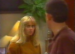 Jane Harris, Des Clarke in Neighbours Episode 0766