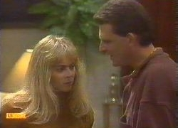 Jane Harris, Des Clarke in Neighbours Episode 0767