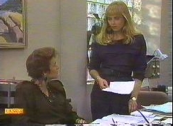 Gail Robinson, Jane Harris in Neighbours Episode 0767