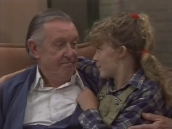 Dan Ramsay, Charlene Mitchell in Neighbours Episode 0772