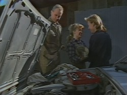 Jim Robinson, Charlene Mitchell, Scott Robinson in Neighbours Episode 0772