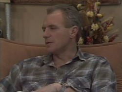 Jim Robinson in Neighbours Episode 0772