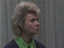 Helen Daniels in Neighbours Episode 0820